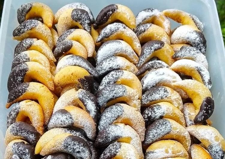 Almond Cressent Cookies