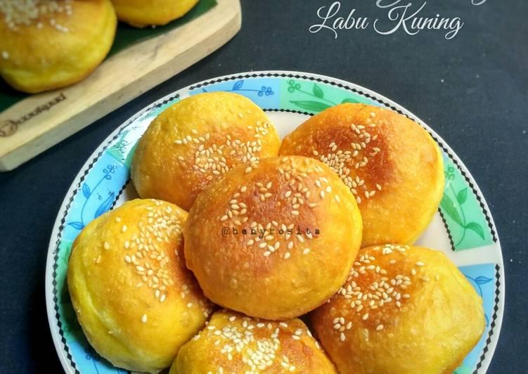 Roti Goreng Labu Kuning