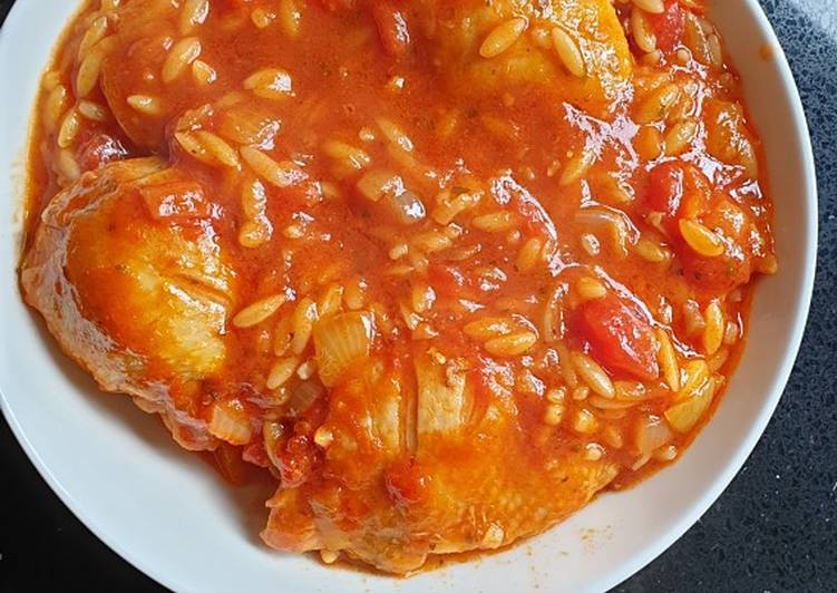 Step-by-Step Guide to Prepare Homemade Chicken Thighs with Orzo Pasta