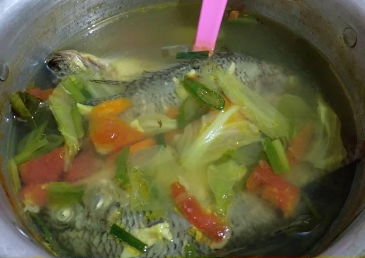 Bagaimana Menyiapkan Asem² Ikan Nila yang Lezat