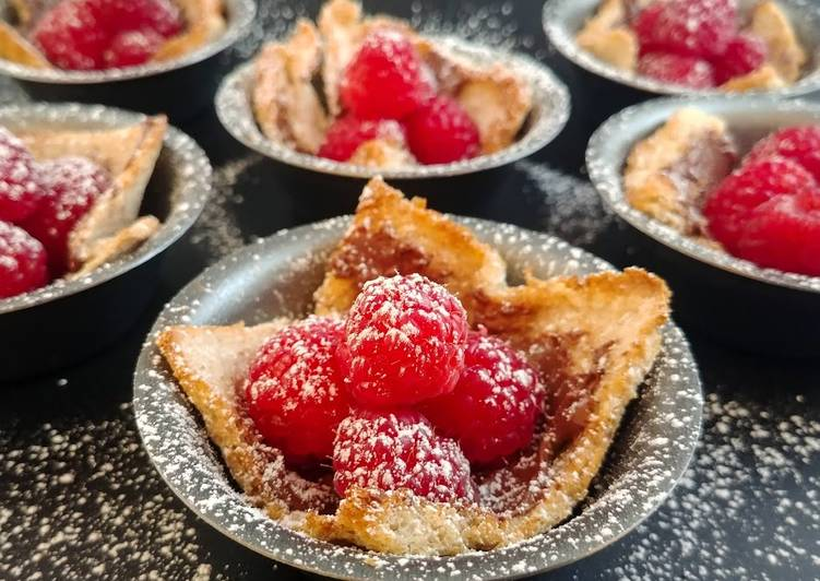 Raspberry Nutella Toast Cups