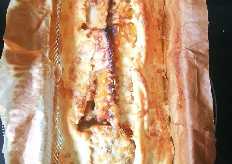 Tarte à l'aubergine, tomates, thon et parmesan