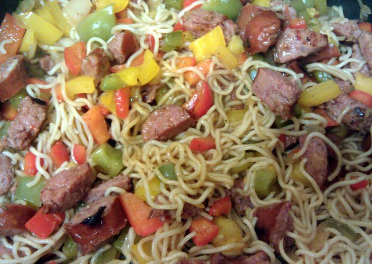 K's spicy sausage & sweet peppers w/noodles