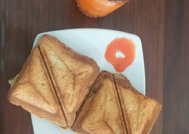 Simple Way to Prepare Quick Spanish Omelette Toasted Sandwiches #Quick Fix Breakfast