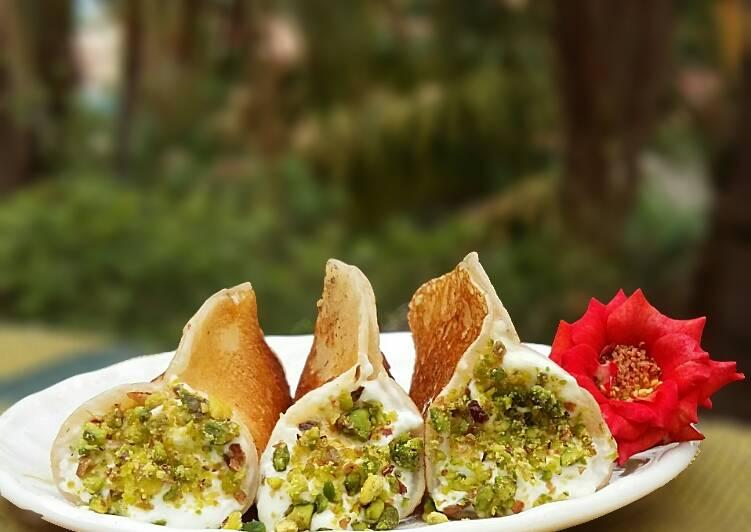 Simple Way to Prepare Speedy Sweet Cheese Qatayef Asafiri