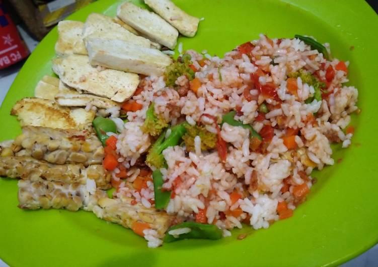 16. Nasi Campur Mix Veggie