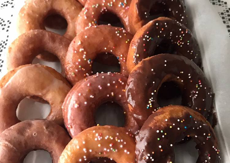 Recipe: Yummy Easy Glazed Donuts  #myfavouriterecipe