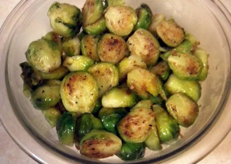 Step-by-Step Guide to Make Speedy Sauteed Brussels Sprouts