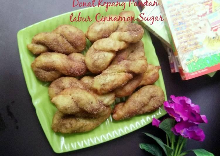 Donat Kepang Pandan tabur Cinnamon Sugar