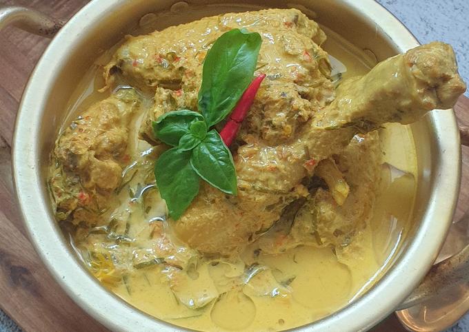 Langkah Mudah untuk Membuat Ayam Masak lemak cili Api Nismilan, Menggugah Selera