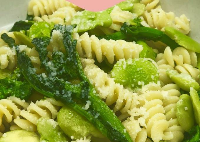 Easiest Way to Prepare Delicious Fava beans and broccoli rape pasta