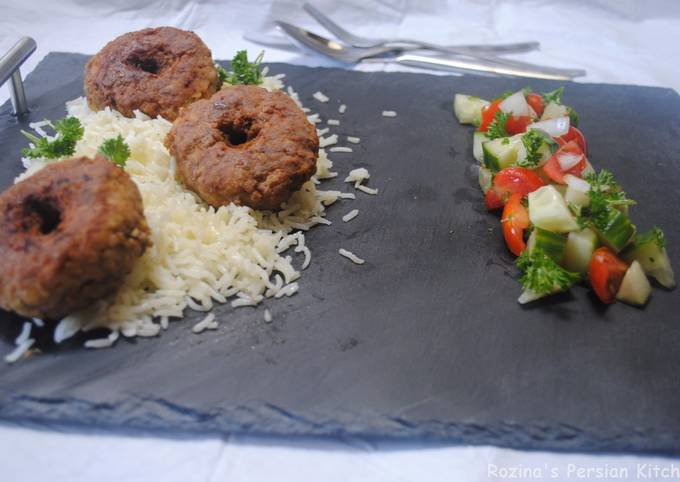 Persian meat patties with yellow split peas (Cutlet)