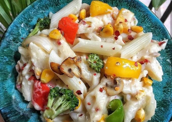 Recipe: Appetizing Homemade white sauce pasta recipeIN 5 EASY STEPS