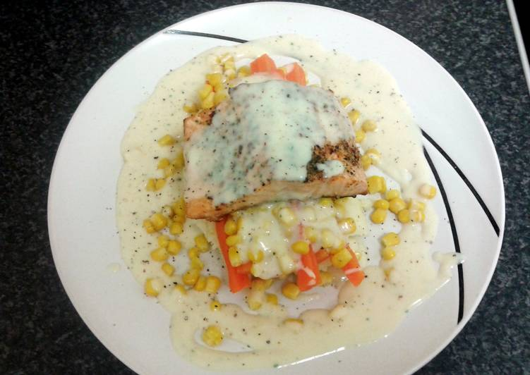 salmon fillet in herb butter with creamy mash & vegetables (serves 2)