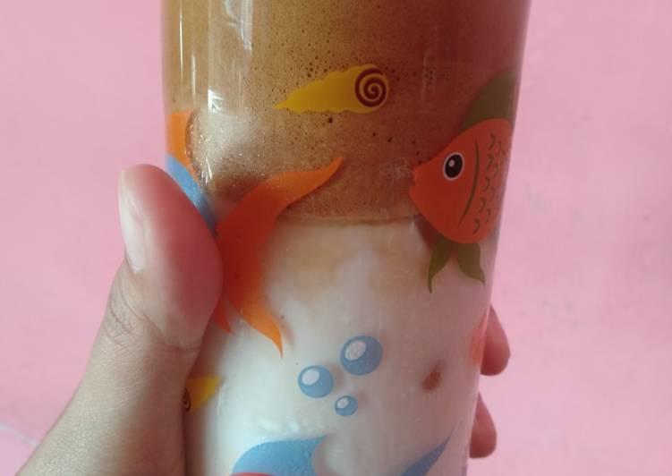 Langkah Mudah untuk Menyiapkan Dalgona coffe kopi viral kekinian 😄 yang Sempurna