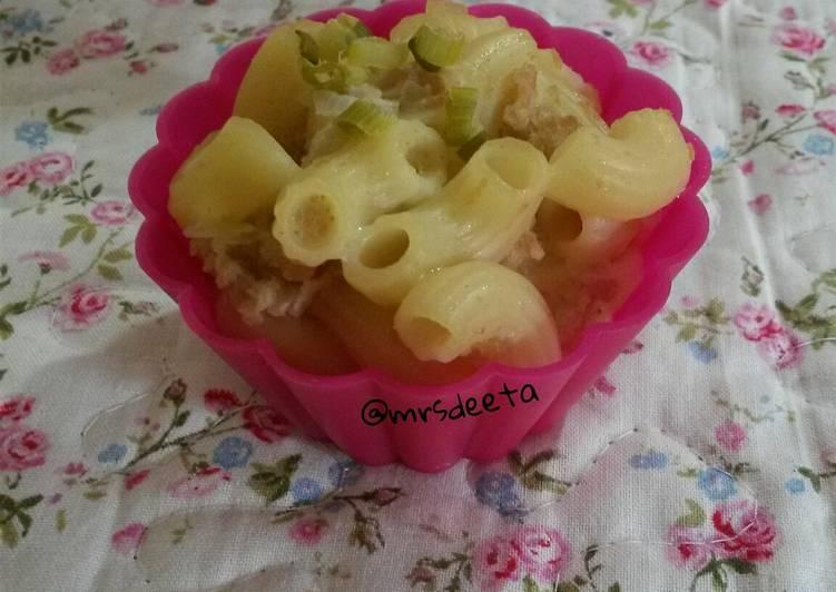 Macaroni Skotel (+1th)
