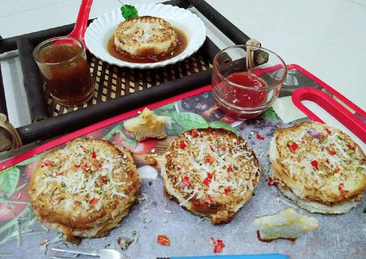 What are some Dinner Easy Super Quick Homemade Pocket bread pav bhaji pizza