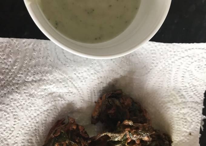 Gram flour and spinach (pokorey)snack #summer challenge