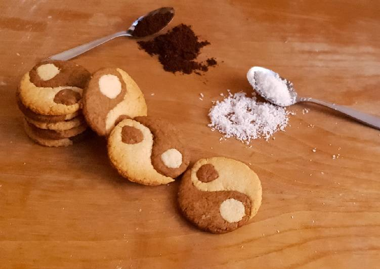 Ricetta Biscotti yin&yang cocco e caffè vegani