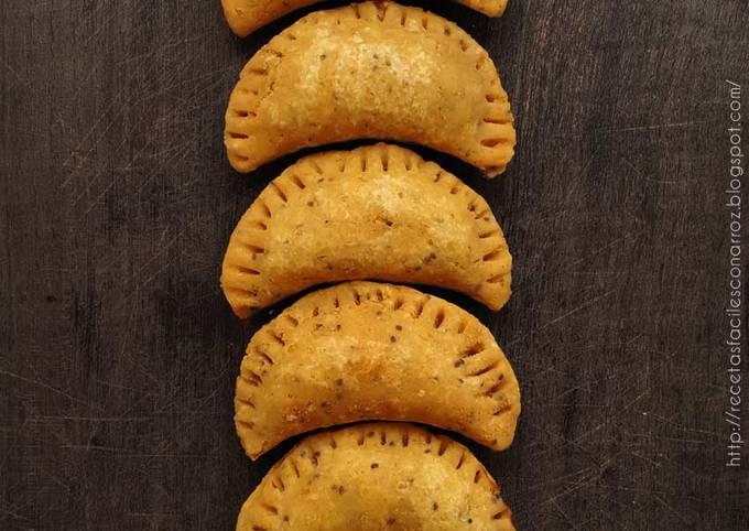 Masa Para Empanadas Con Harina De Arroz Y Garbanzos Sin Gluten Sin Lactosa Sin Huevo Y Económica Receta De Recetas Fáciles Con Arroz Cookpad