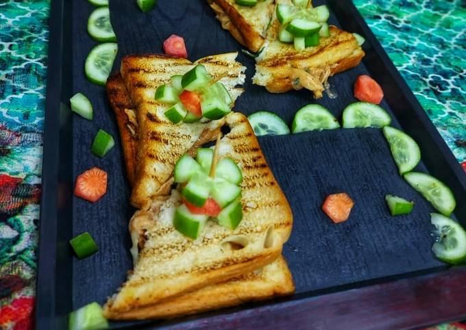 Chicken Tandoori Cheesy grilled Sandwiches