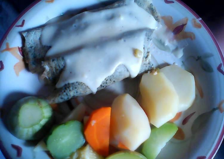 Crepes de espinaca rellenas de pollo