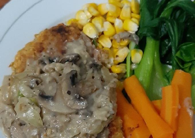 Steak Tempe with Mushroom Sauce