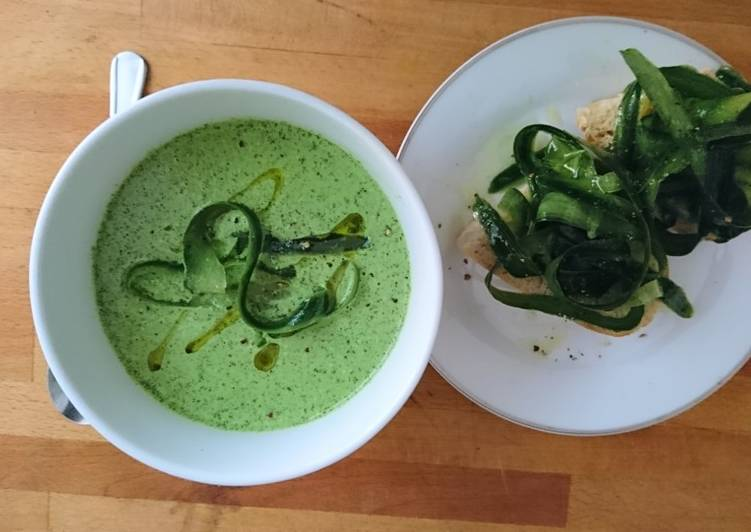 Green Gazpacho with Cucumber Bruschetta
