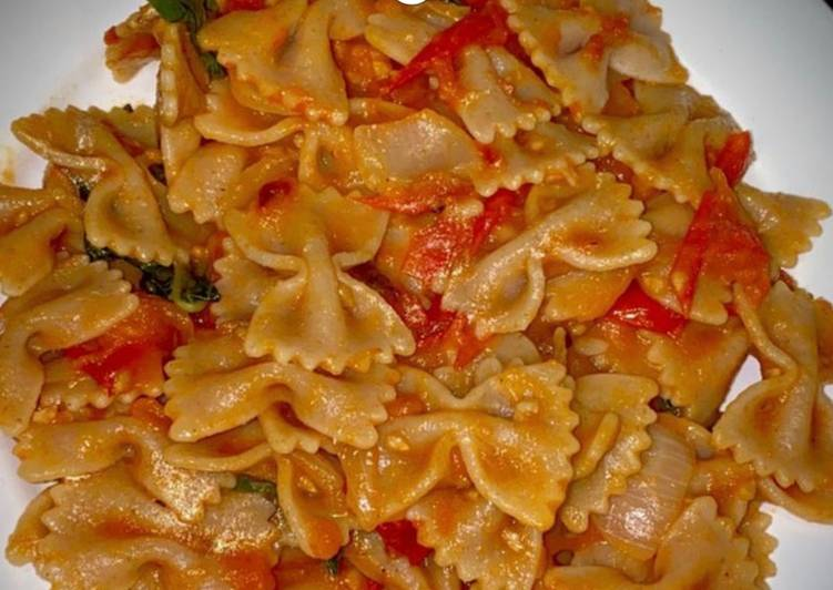 Pâte à la sauce tomate