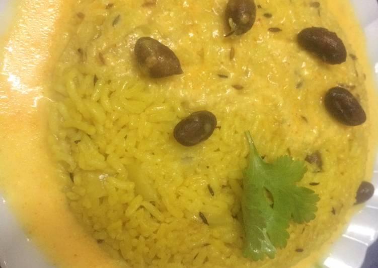 Rajasthani kadhi with masala rice