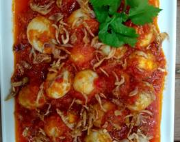 Telor puyuh sambel tomat, kesukaan anak-anak. Praktis ?
