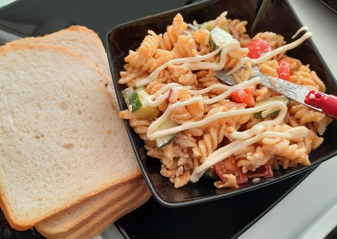 Recipe of Super Quick Homemade Vegetarian pasta salad