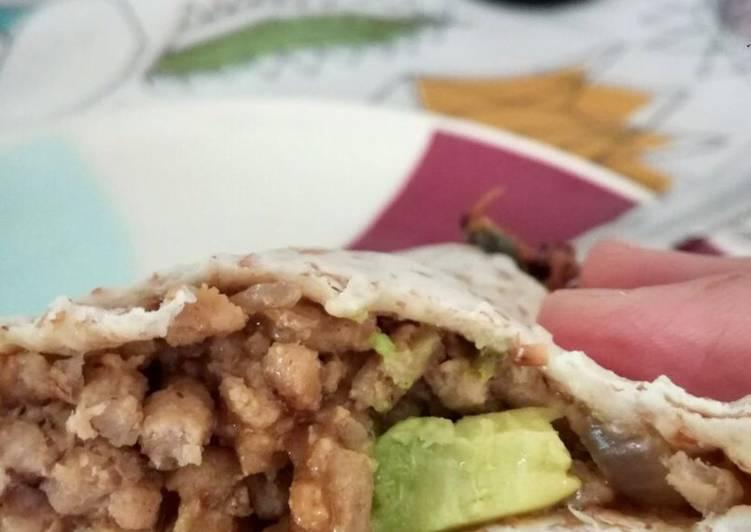 Burritos Fáciles Con Carne Picada Y Aguacate Receta De