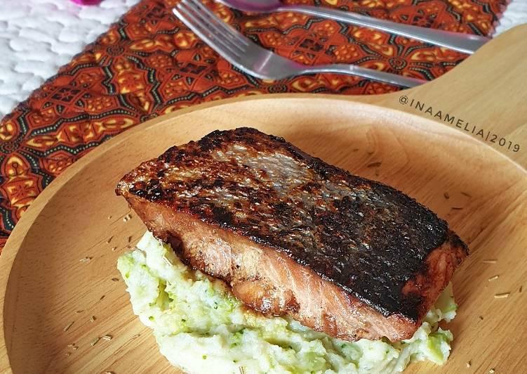 Salmon & Mashed Cauliflower
