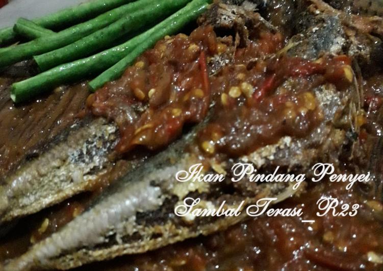 Fresh Menyajikan Ikan Pindang Penyet Sambal Terasi Bikinramadhanberkesan Enak Sempurna Ragam Resep Praktis