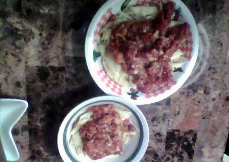 italian sausage in garlic onion tomato sauce
