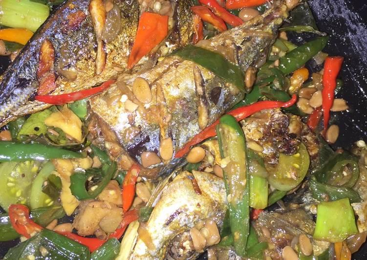 Ikan Kembung Tumis Tauco