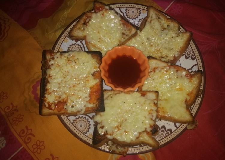 Tawa Cheesy Garlic Bread