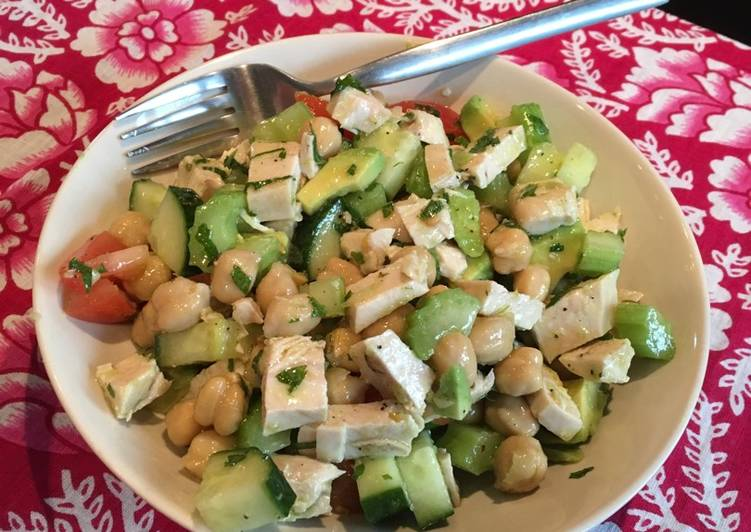 Mint and lime chicken and chickpea salad