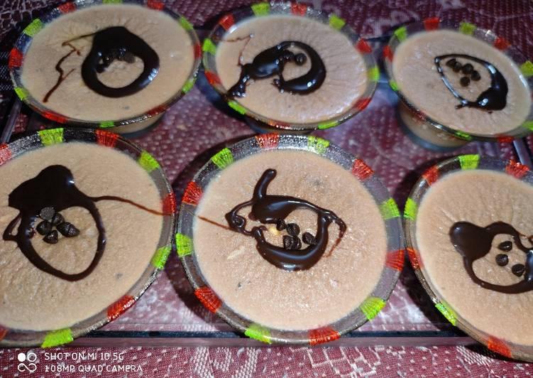 Chocolate Custard Cupcakes 😋