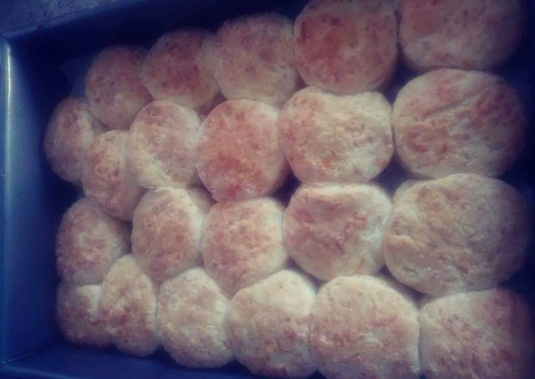 Bigmama's Saturday Morning Biscuits