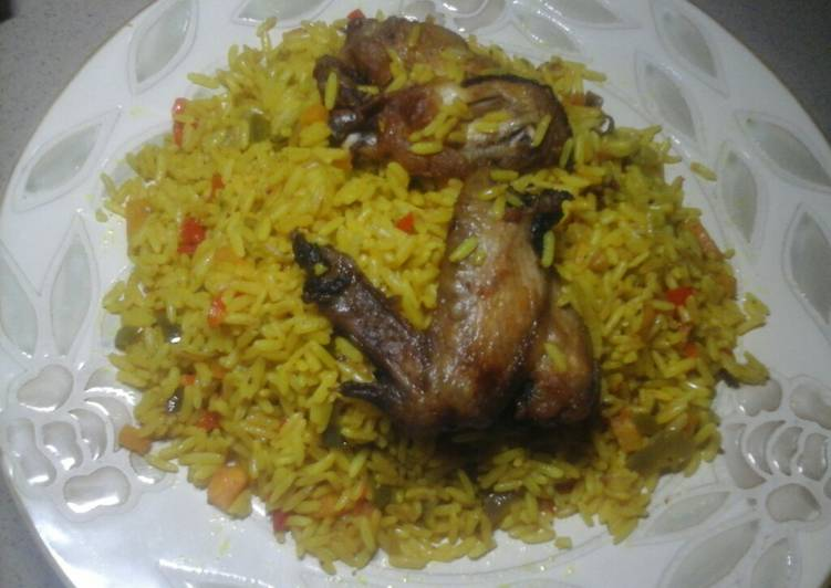 Recipe of Perfect Fried rice& chicken wings...#Abujamoms