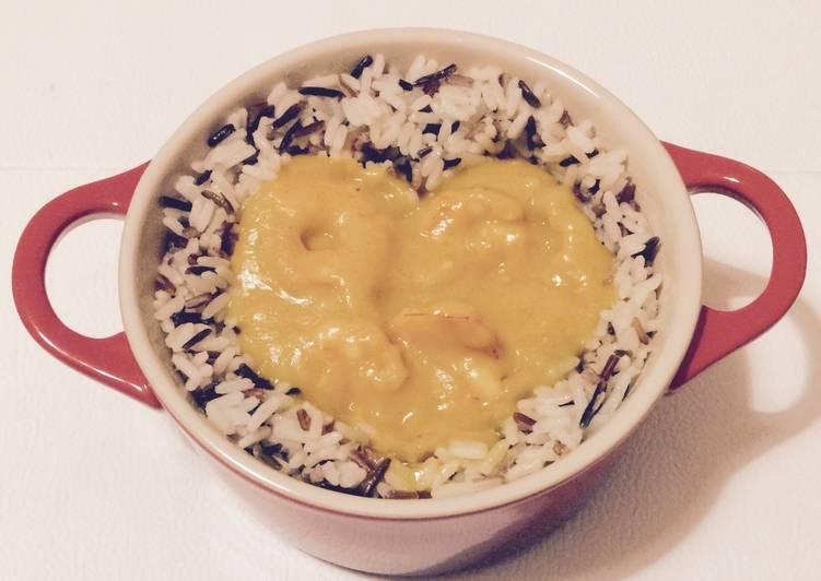 Crevettes sauce mangue et riz sauvage