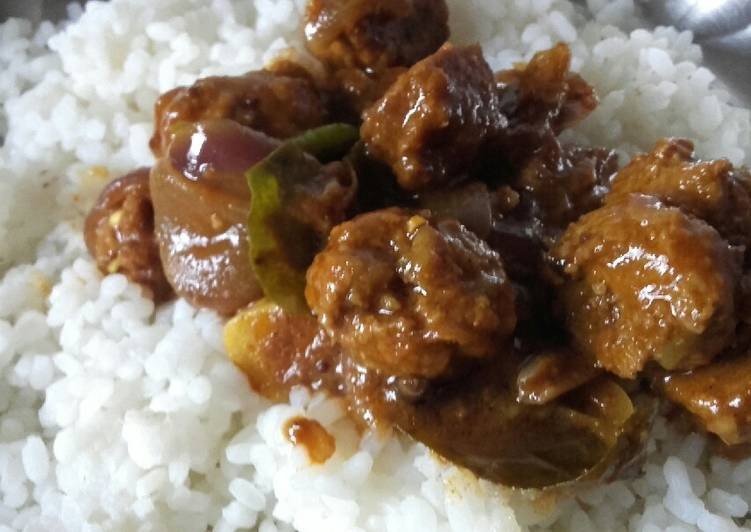 Meat balls gravy with rice