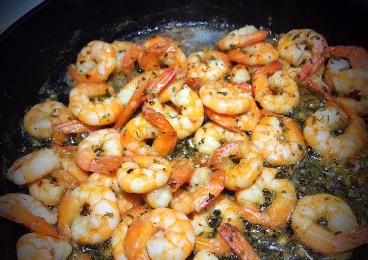 Easiest Way to Make Perfect Easy Shrimp Scampi