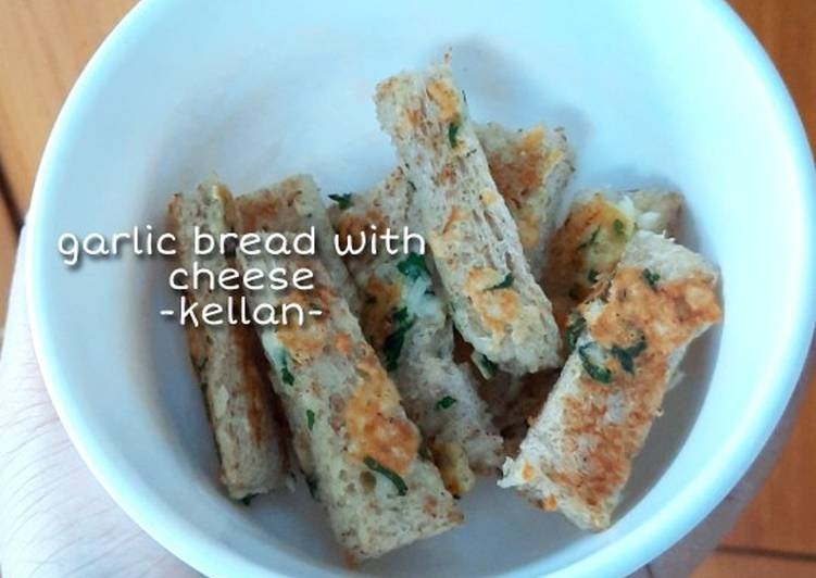 Snack MPASI 8m+ - Garlic Bread with Cheese