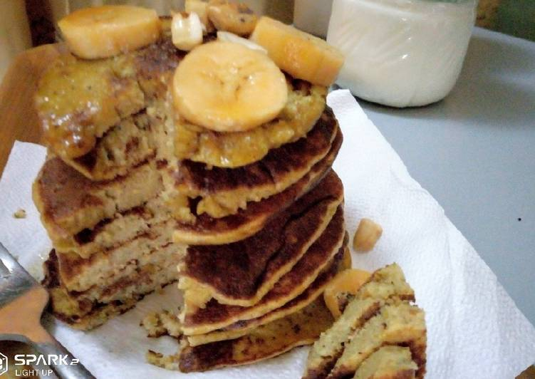Recipe: Delicious Banana oatmeal pancake
