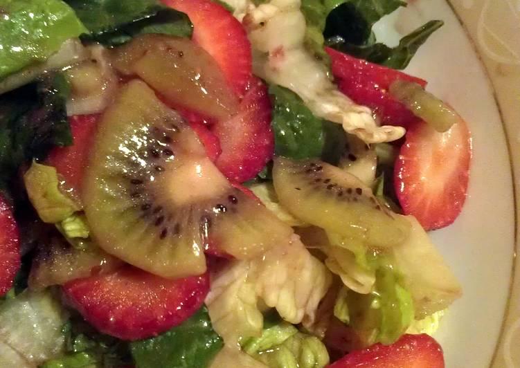Recipe of Perfect Romaine, Strawberry & kiwi salad