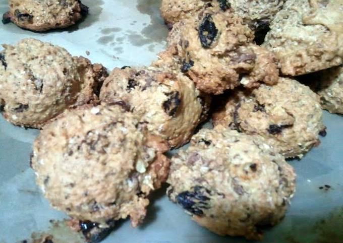 Tips Prepare Appetizing raisin chocolate oat cookies