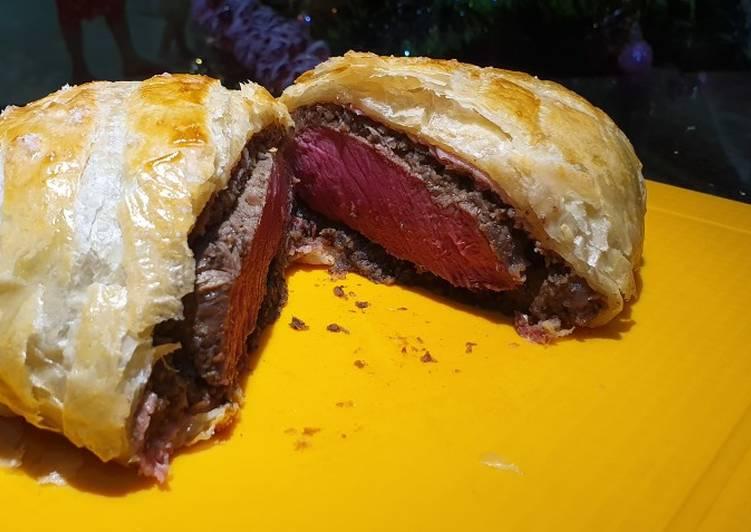 Christmas Beef Wellington (Gordon Ramsay style)